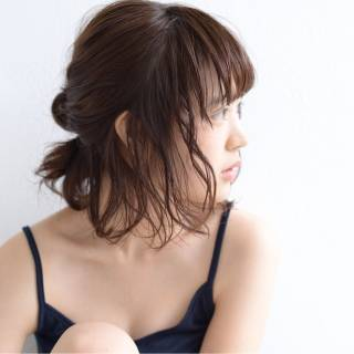 プール向けヘアアレンジ★水に濡れても崩れにくい髪型が知りたい!