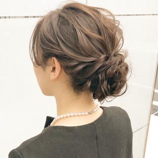 アンニュイほつれヘア ナチュラル 結婚式 ヘアアレンジ ヘアスタイルや髪型の写真・画像