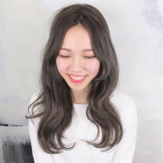 津田美里さんのヘアスナップ