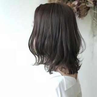 オフィス 外国人風 フェミニン ハイライト ヘアスタイルや髪型の写真・画像