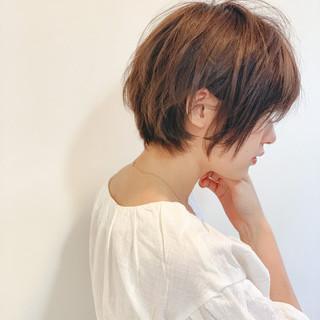 ショート 小顔ショート レイヤーカット ショートヘア ヘアスタイルや髪型の写真・画像