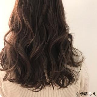 伊藤 もえさんのヘアスナップ