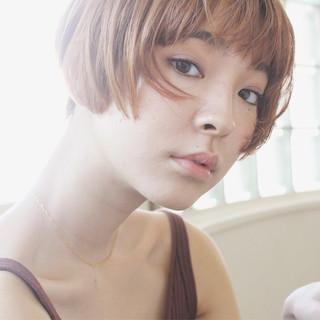 リラックス ナチュラル 透明感 小顔 ヘアスタイルや髪型の写真・画像