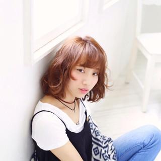 ストリート パーマ ウェットヘア 外国人風 ヘアスタイルや髪型の写真・画像