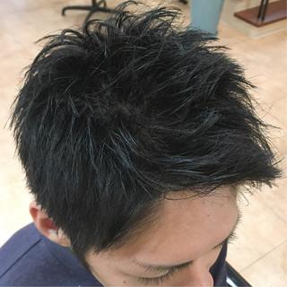 メンズスタイル メンズカット ナチュラル 黒髪 ヘアスタイルや髪型の写真・画像 ヘアスタイルや髪型の写真・画像