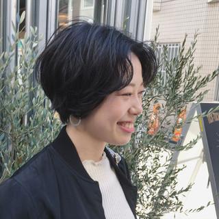 モード 暗髪 小顔 ショート ヘアスタイルや髪型の写真・画像