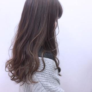 大人かわいい ハイライト ナチュラル グラデーションカラー ヘアスタイルや髪型の写真・画像