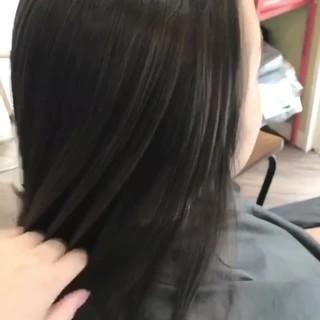 エレガント 透明感 ロング アッシュグレージュ ヘアスタイルや髪型の写真・画像