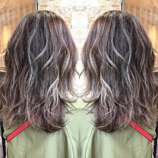 ミディアム 外国人風 コンサバ ハイライト ヘアスタイルや髪型の写真・画像