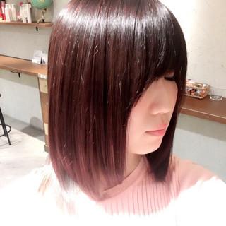 ピンク ハイライト フェミニン ガーリー ヘアスタイルや髪型の写真・画像