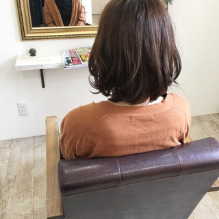リラックス ゆるふわ ナチュラル 大人かわいい ヘアスタイルや髪型の写真・画像