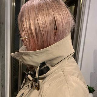 インナーカラー ショートボブ ミニボブ モード ヘアスタイルや髪型の写真・画像