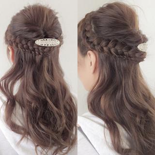 愛され 簡単ヘアアレンジ ロング くるりんぱ ヘアスタイルや髪型の写真・画像 ヘアスタイルや髪型の写真・画像
