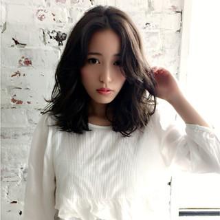 大人かわいい ミディアム 外国人風 ガーリー ヘアスタイルや髪型の写真・画像