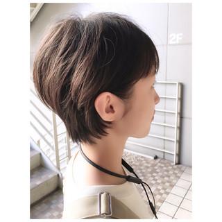 前下がりショート ショート ショートヘア 耳掛けショート ヘアスタイルや髪型の写真・画像