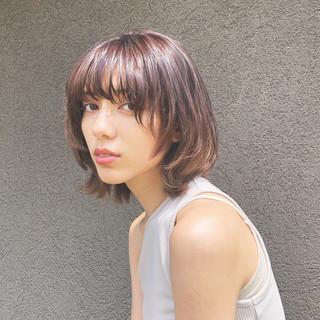 マッシュウルフ 簡単スタイリング 無造作ヘア ボブ ヘアスタイルや髪型の写真・画像