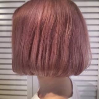 ボブ ストリート ピンク ブリーチ ヘアスタイルや髪型の写真・画像