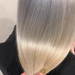 ホワイトアッシュ モード ホワイト ハイトーンカラー ヘアスタイルや髪型の写真・画像
