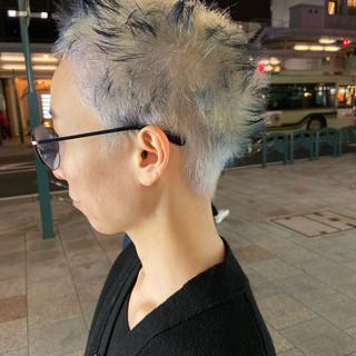 モード ホワイトブリーチ ブリーチ ショート ヘアスタイルや髪型の写真・画像