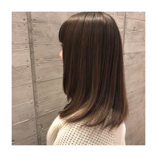 ストレート ナチュラル 大人ロング 艶髪 ヘアスタイルや髪型の写真・画像 ヘアスタイルや髪型の写真・画像