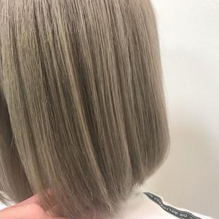 ブリーチ ボブ ブラウンベージュ ベージュ ヘアスタイルや髪型の写真・画像