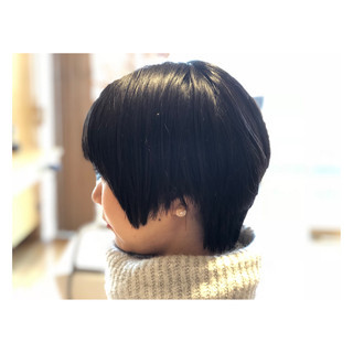 レザーカット 黒髪 縮毛矯正 ナチュラル ヘアスタイルや髪型の写真・画像