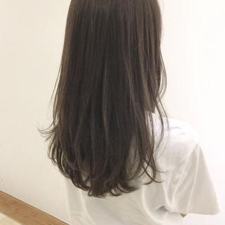 アッシュ 外国人風 抜け感 ナチュラル ヘアスタイルや髪型の写真・画像