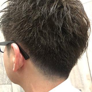 ナチュラル ショート フェードカット メンズカット ヘアスタイルや髪型の写真・画像