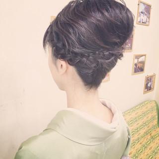 アップスタイル ショート ヘアアレンジ 夜会巻 ヘアスタイルや髪型の写真・画像