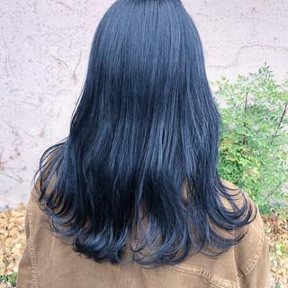 艶髪 セミロング ダークトーン ナチュラル ヘアスタイルや髪型の写真・画像