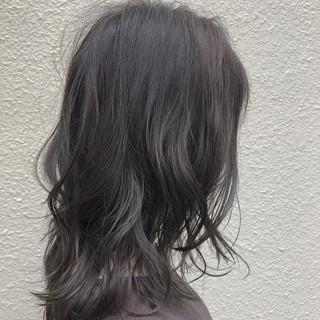 セミロング アディクシーカラー 簡単ヘアアレンジ イルミナカラー ヘアスタイルや髪型の写真・画像