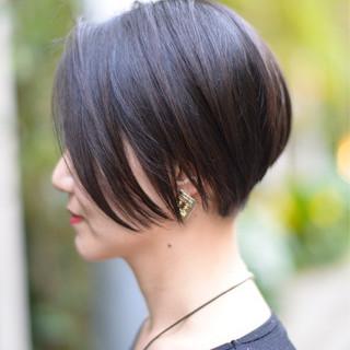 ショートボブ オフィス 外国人風 ショート ヘアスタイルや髪型の写真・画像 ヘアスタイルや髪型の写真・画像