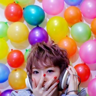 ピンク レッド ショート 外国人風 ヘアスタイルや髪型の写真・画像