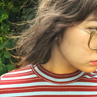 ストリート グレージュ ボブ スモーキーカラー ヘアスタイルや髪型の写真・画像