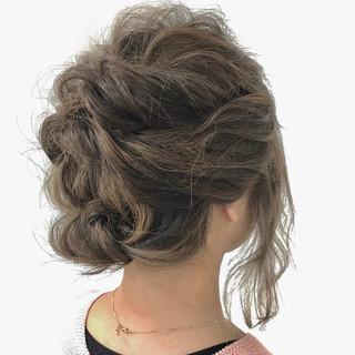 波ウェーブ ミディアム くるりんぱ 簡単ヘアアレンジ ヘアスタイルや髪型の写真・画像 ヘアスタイルや髪型の写真・画像