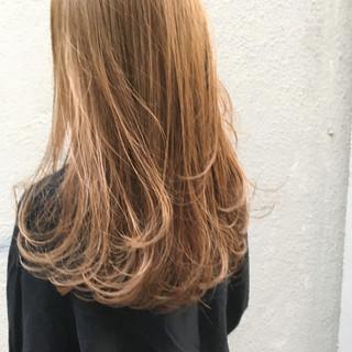 ブリーチ ハイライト ナチュラル ベージュ ヘアスタイルや髪型の写真・画像 ヘアスタイルや髪型の写真・画像