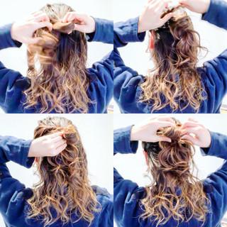 セルフアレンジ エレガント 簡単ヘアアレンジ ロング ヘアスタイルや髪型の写真・画像