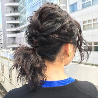 フェミニン ゆるふわ 黒髪 前髪あり ヘアスタイルや髪型の写真・画像 ヘアスタイルや髪型の写真・画像