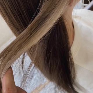 oggiotto 透明感 大人ロング インナーカラー ヘアスタイルや髪型の写真・画像