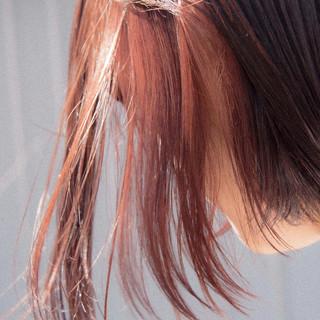 インナーカラー ショートヘア ショートボブ ストリート ヘアスタイルや髪型の写真・画像