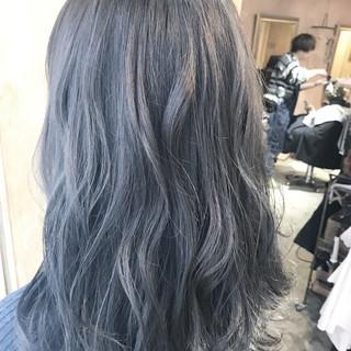 セミロング ロブ ストリート 透明感 ヘアスタイルや髪型の写真・画像 ヘアスタイルや髪型の写真・画像