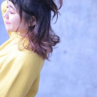 ショート ハーフアップ グラデーションカラー ヘアアレンジ ヘアスタイルや髪型の写真・画像