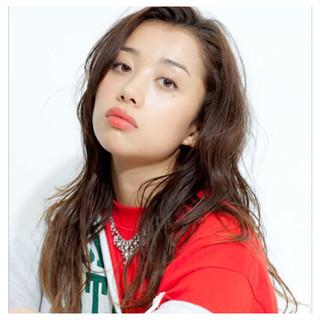 フェミニン ロング モテ髪 外国人風 ヘアスタイルや髪型の写真・画像
