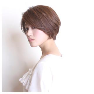 ショート ショートボブ エレガント 小顔 ヘアスタイルや髪型の写真・画像