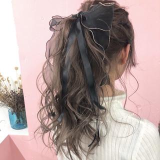 成人式 簡単ヘアアレンジ 謝恩会 ガーリー ヘアスタイルや髪型の写真・画像
