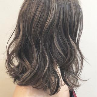 バレイヤージュ ボブ グラデーションカラー ナチュラル ヘアスタイルや髪型の写真・画像