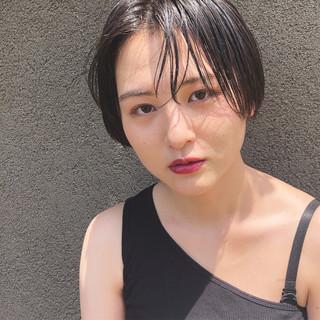 ショート ナチュラル ウェット感 簡単スタイリング ヘアスタイルや髪型の写真・画像