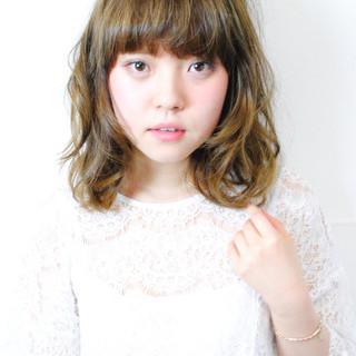 前髪あり グラデーションカラー ミディアム ピュア ヘアスタイルや髪型の写真・画像