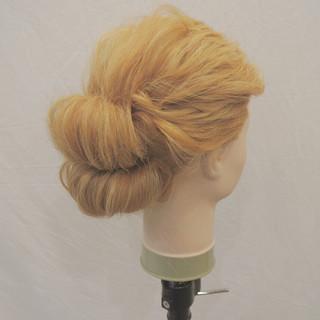 ねじり ヘアアレンジ 結婚式 ショート ヘアスタイルや髪型の写真・画像