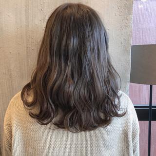 ナチュラル 暗髪 ヘアアレンジ 透明感 ヘアスタイルや髪型の写真・画像